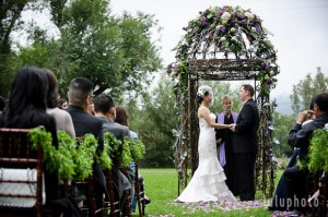 Catty & Harold's Splendidly Lilac Wedding…
