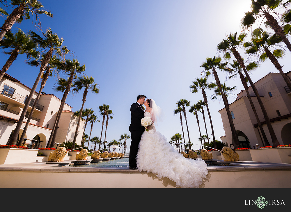 17-hyatt-huntington-beach-chinese-wedding-photographer-wedding-party-couple-session-photos1