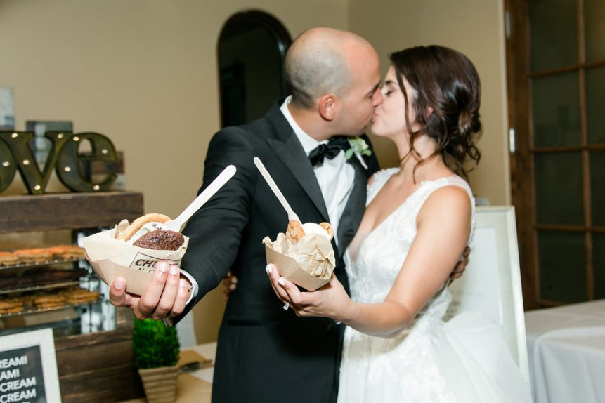 Our Favorite Late Night Snacks for the Wedding Day – Orange County Wedding – Wedding Advice